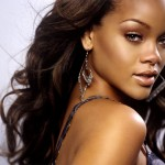 @Rihanna Finds Time to Donate Goods & Money to Support Hurricane Sandy Relief Efforts (Love it)!