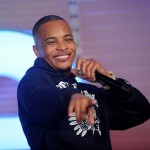 "#PressPlay Rapper T.I. Checks Agressive Fan ""You A Grown Ass Man, How Many Pictures Are You Gonna Take?"""