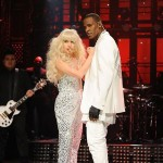 "Lady Gaga And R. Kelly Perform ""Do What U Want"" On SNL"