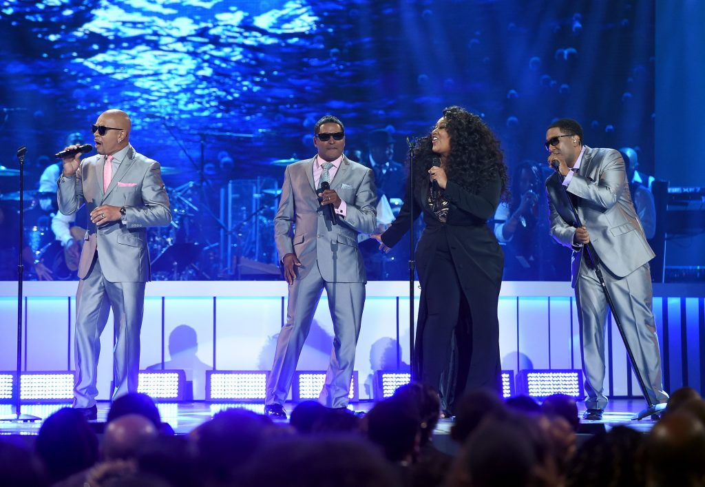 LAS VEGAS, NV - NOVEMBER 06: Recording artist Jazmine Sullivan (2nd R) performs with After 7 members (from L) Keith Mitchell, Kevon Edmonds, and Melvin Edmonds onstage during the 2015 Soul Train Music Awards at the Orleans Arena on November 6, 2015 in Las Vegas, Nevada. (Photo by Ethan Miller/BET/Getty Images for BET)